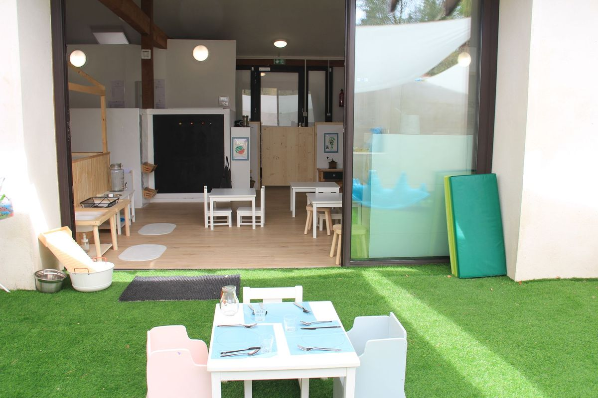 the-baby-home-montferrier-sur-lez_terrasse_x1200_04-min-min